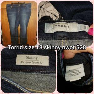 Torrid size 18 skinny